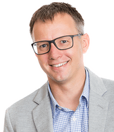 Jonathon Moody Headshot- President - net2phone Canada - Business VoIP Phone System