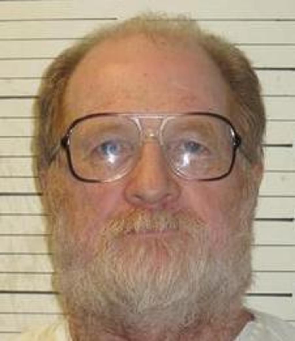 News Brief — Citing Coronavirus, Tennessee Governor Grants Temporary Reprieve to Harold Nichols
