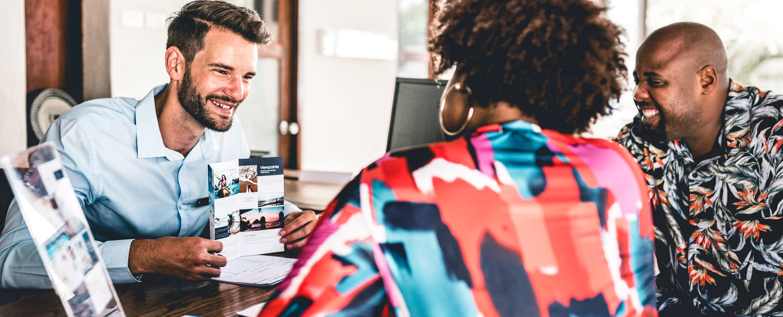 Front-desk vs. pre-stay upselling