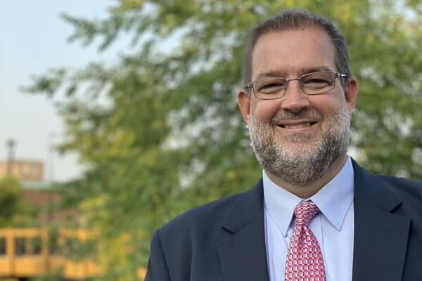 Photo of Chris Buck, CFP®, CeFT®