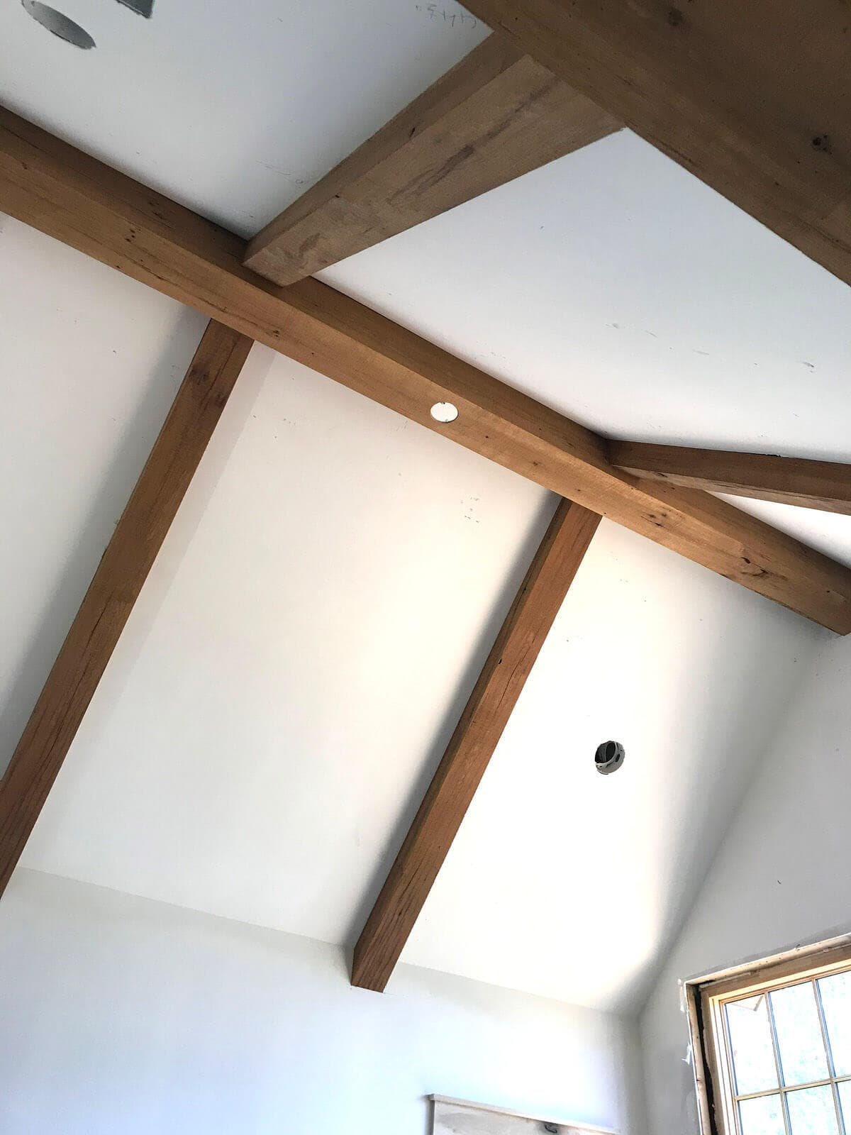 band sawn ceiling box beams
