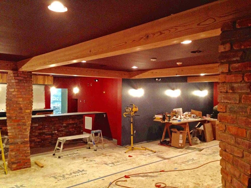 Heart pine box beam at Hendersonville NC speak-easy