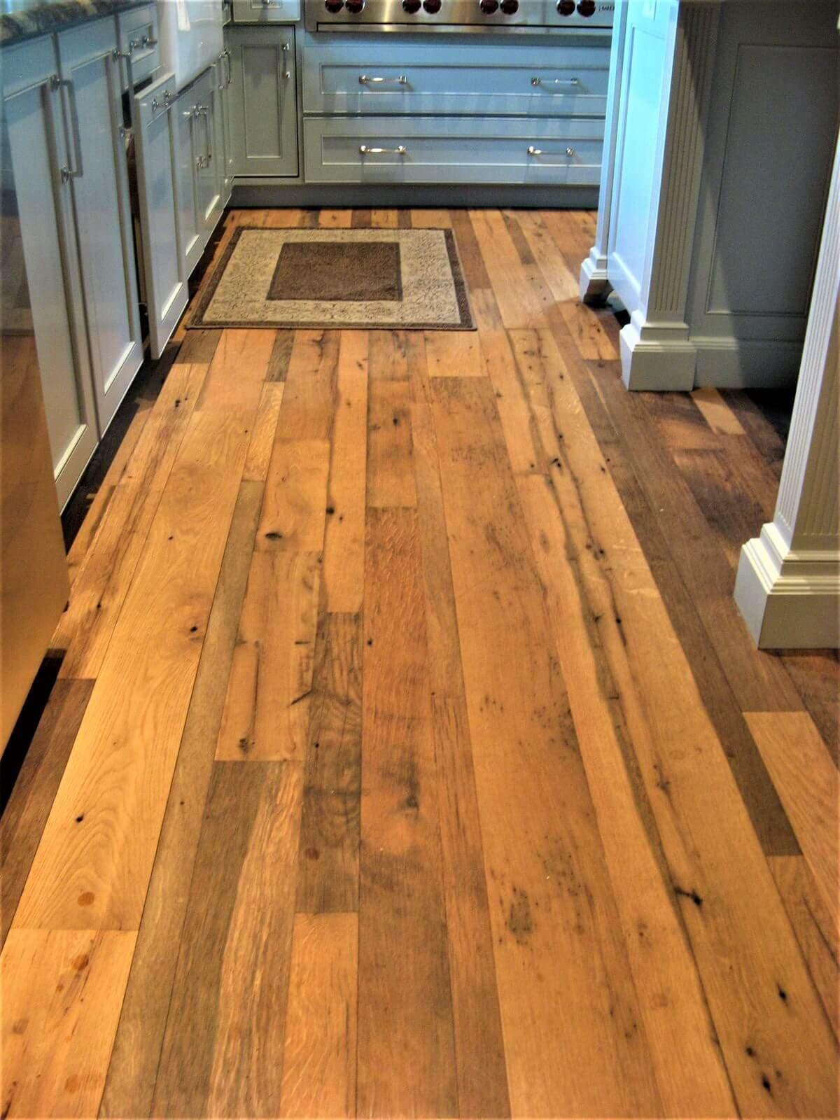 Antique white oak flooring in Spartanburg South Carolina residence.