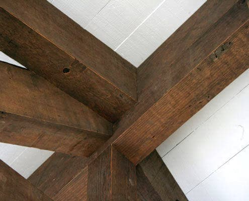 Bandsawn Ceiling box beams with complex joint