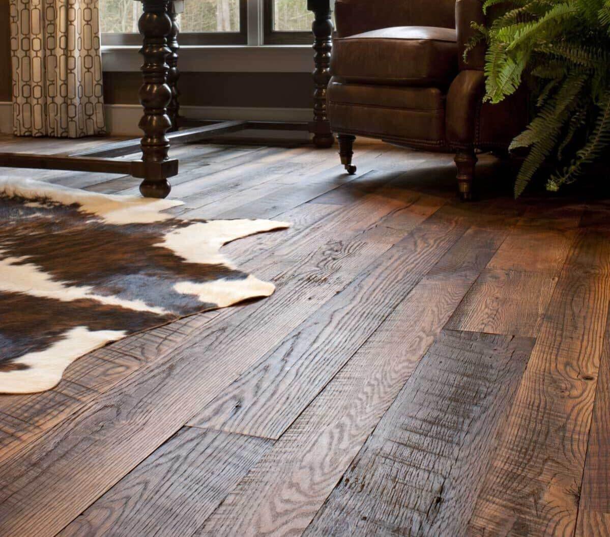 Carolina Character rustic reclaimed oak flooring.