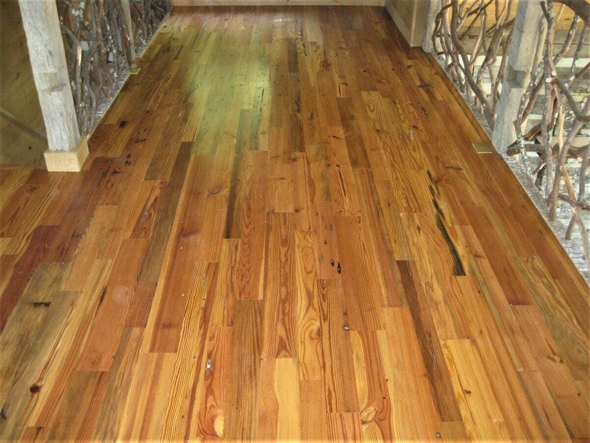 Heart pine reclaimed Cabin Grade hallway floor in hendersonville nc