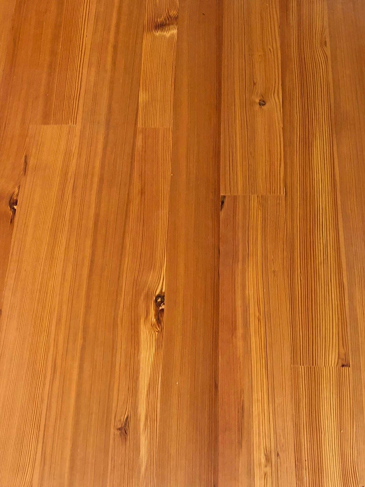 vertical grain heart pine closeup of floor planks