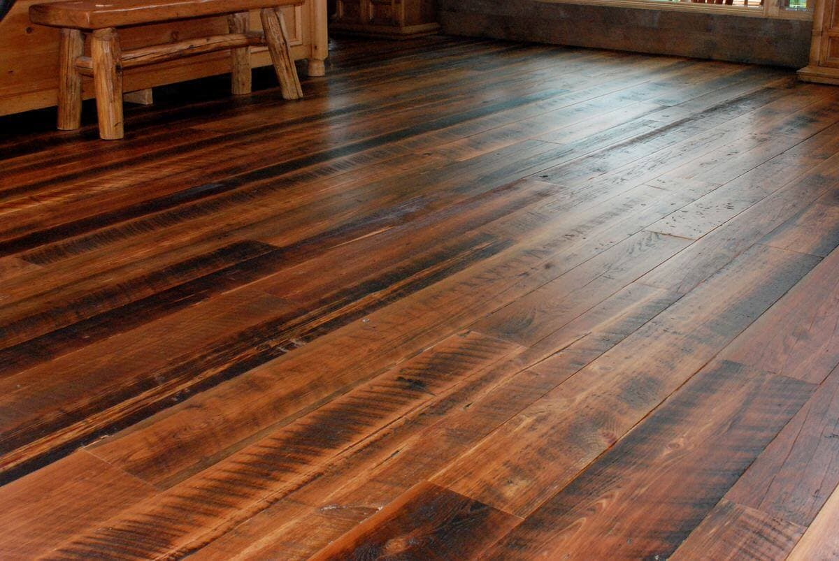 character heart pine flooring at Hendersonville, NC home