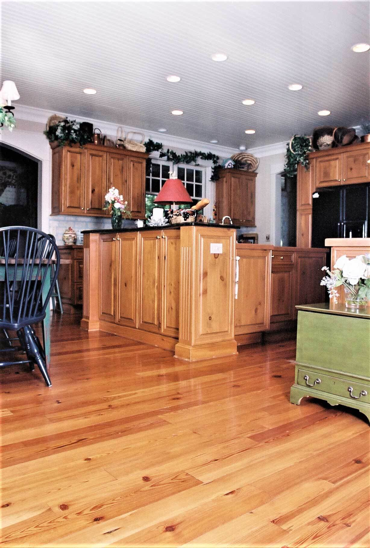 heart pine plain sawn floor in lake toxaway, nc kitchen