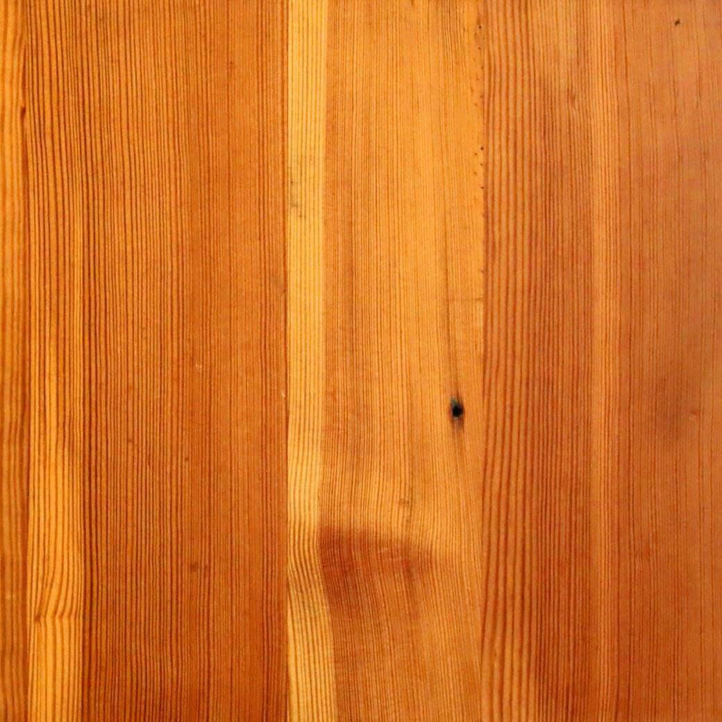Vertical grain heart pine flooring swatch.