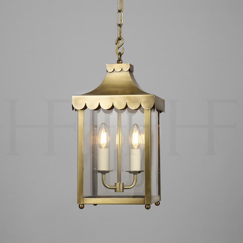 LA8 Scallop Edge Hanging Lantern Antique Brass L