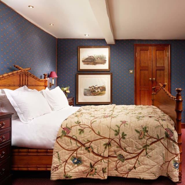Summer Lodge Chelsea Textiles