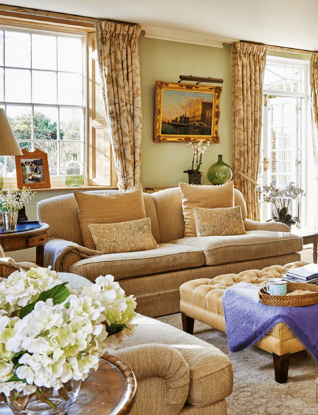 The English Home June 2016 P 52
