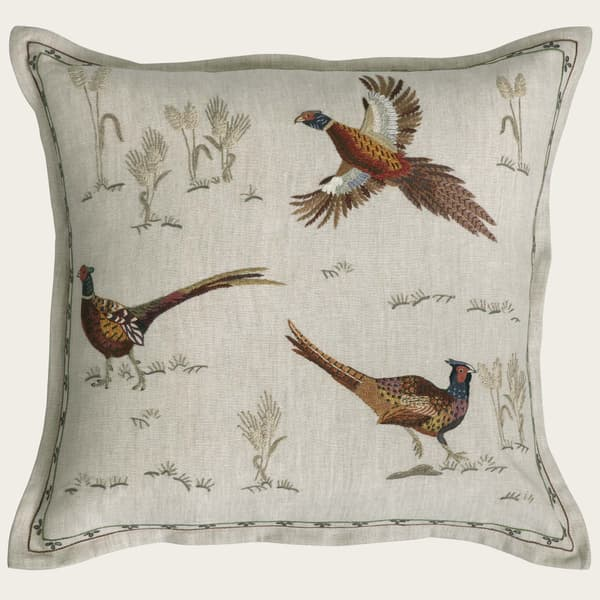 C976 C – Fleeing pheasants