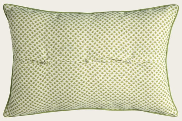 Cp3202 Ly Fern – Dots in lime with dashes in lime/gold