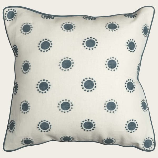 Cp3400 Is – Dots in indigo with french knots in indigo/seafoam