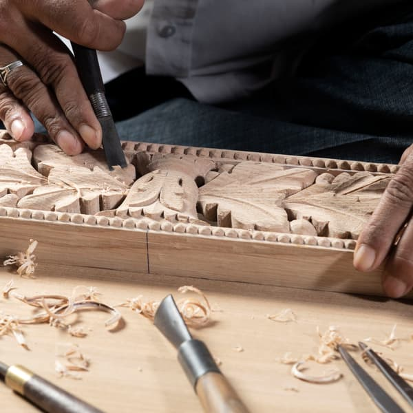 Chelsea Textiles Hand Carved Furniture Workshop 03 – Bench with acorn carving