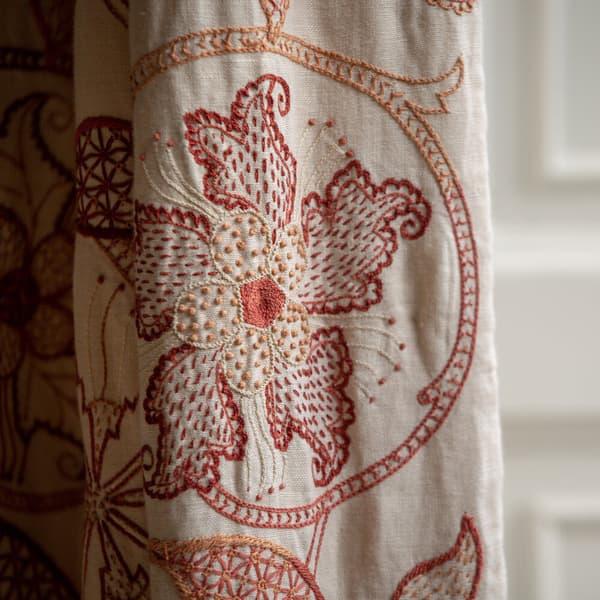 Chelsea Textiles Robert Kime Lorimer Zanna Westgate 18th Century Manor House Wiltshire 02 – Lorimer