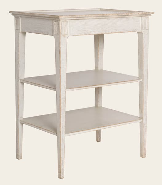 Eng081 8A – Side table with shelves