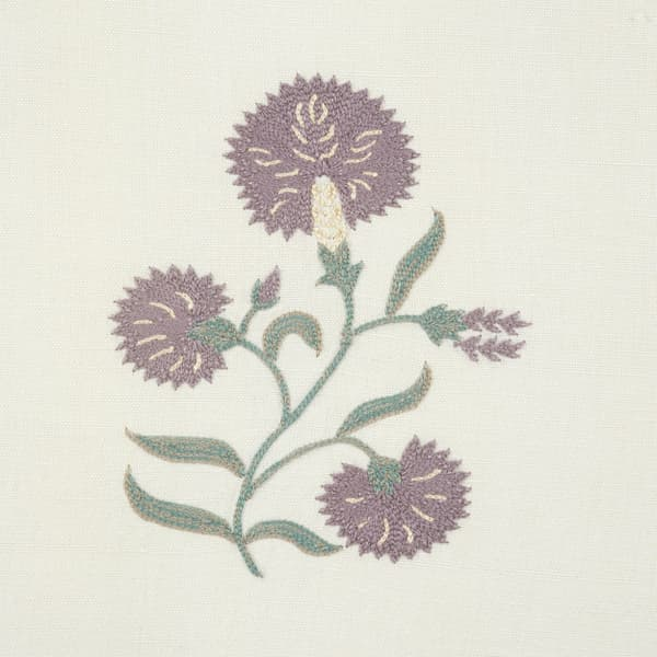 F061 Detail 1 – Mauve carnation & buddleia