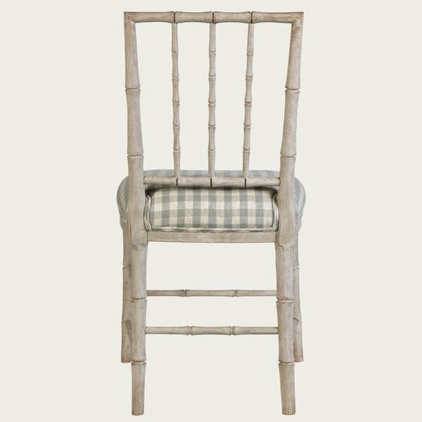 GUS026 08b – Bamboo chair