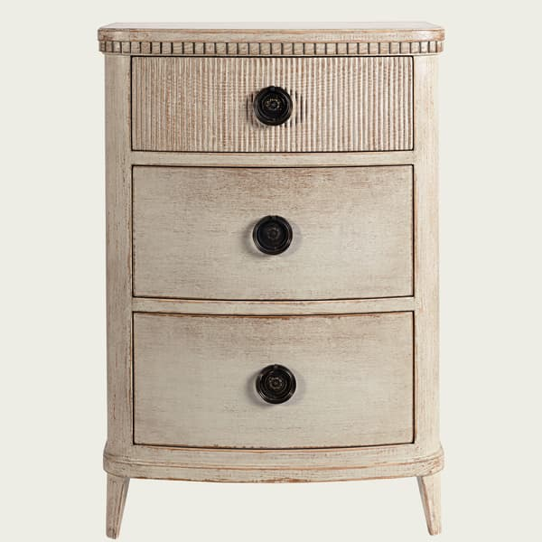 GUS049 B 08 – Bedside table with ribbed top drawer