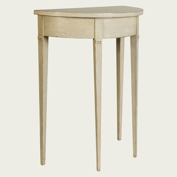 GUS051 SP 07a – Small demi-lune table w/ no drawer