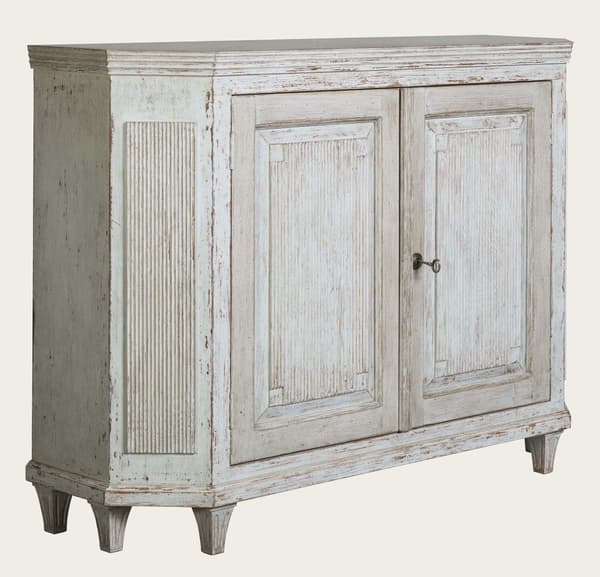 Gus144 A 8A – Sideboard