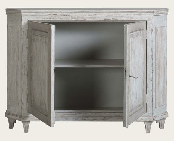 Gus144 A 8Fo – Sideboard