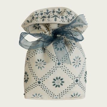 Daisy trellis in indigo with indigo embroidery