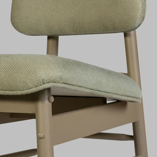 Mid010 12 D V3 Cheverny – Chair with upholstered back