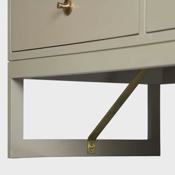 Mid057 12 D V1 – Large chest of drawers with round pulls