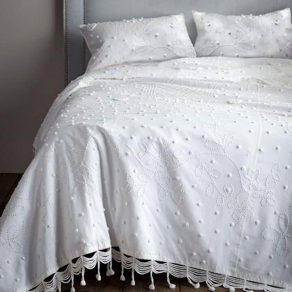 Pom Pom Bedcover – Pom pom bedcover
