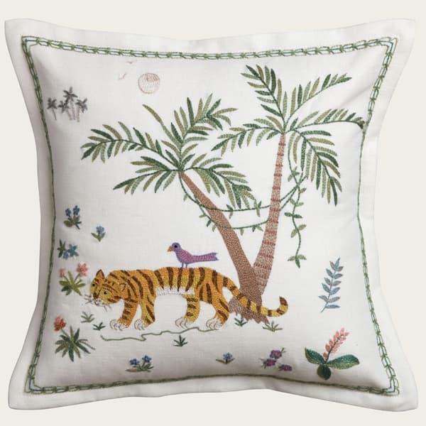 C782 – Standing tiger & palm
