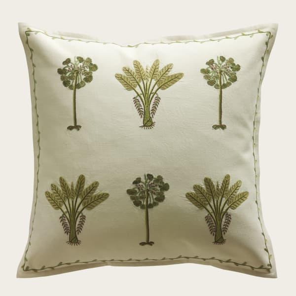 C283 1 – Exotic Palms