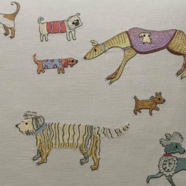 Cd713O Detail – Dogs on parade