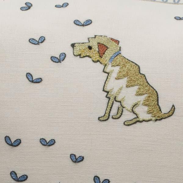 Cd726 Detail – Dogs & butterflies