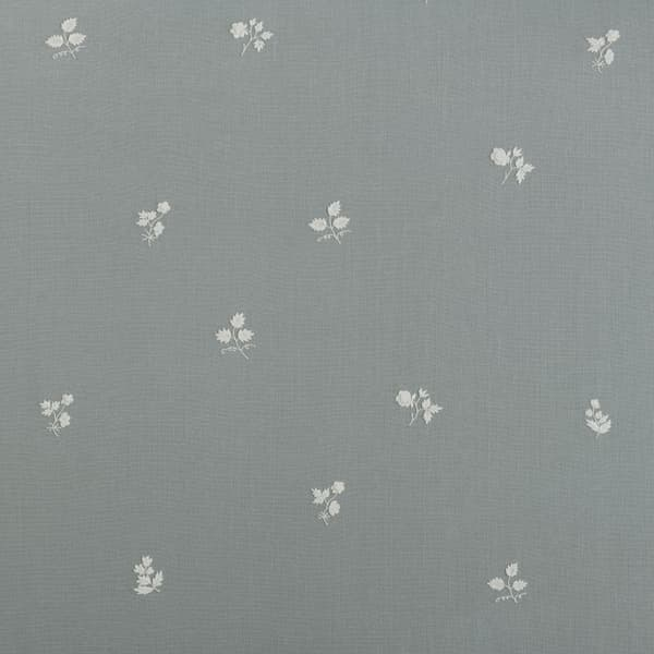 F199 WB – Sprigs & Leaves White on Blue