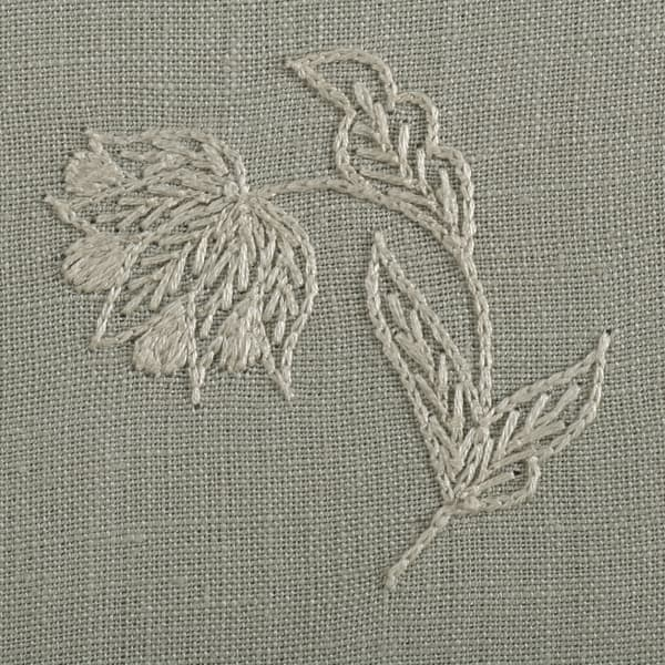 F264 WO Detail 1 – Lund Sprig Off White on Cloud