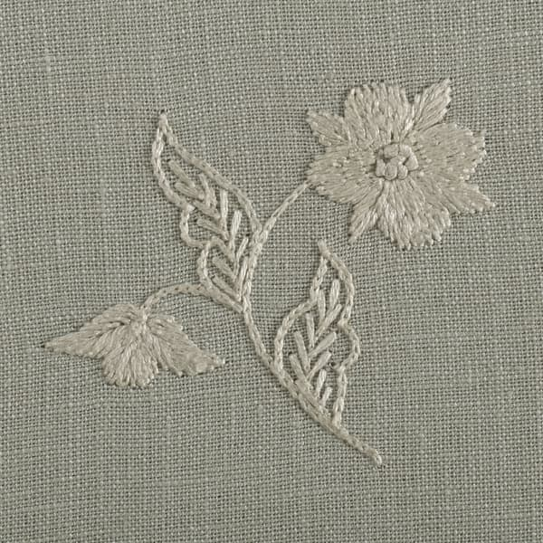 F264 WO Detail 2 – Lund Sprig Off White on Cloud