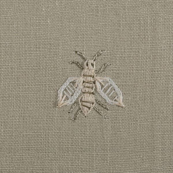 F268 WD Detail 2 – Napoleon bees off White on Clay