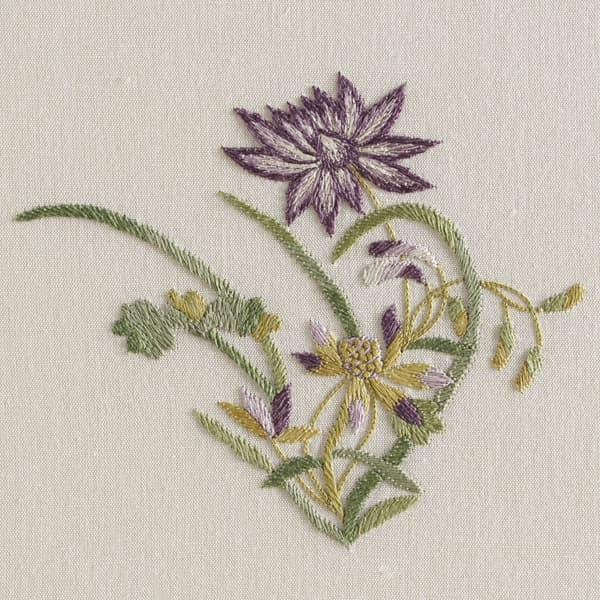 F462 M V3 – Dianthus and Dhalia sprig