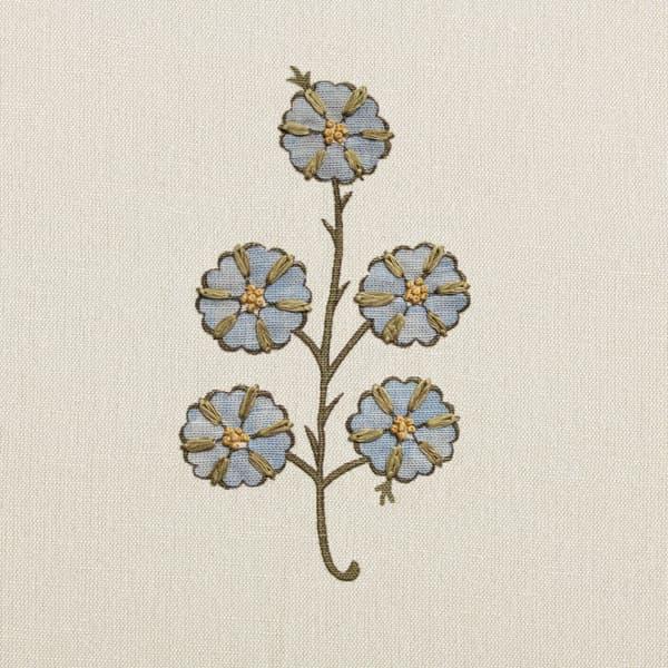 FN039 in Blue – Gardenia in Pink