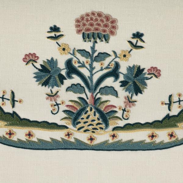 B062 Detail – Primrose & carnation