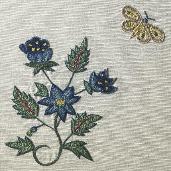 F246 V2 1 6 – Butterflies & carnations