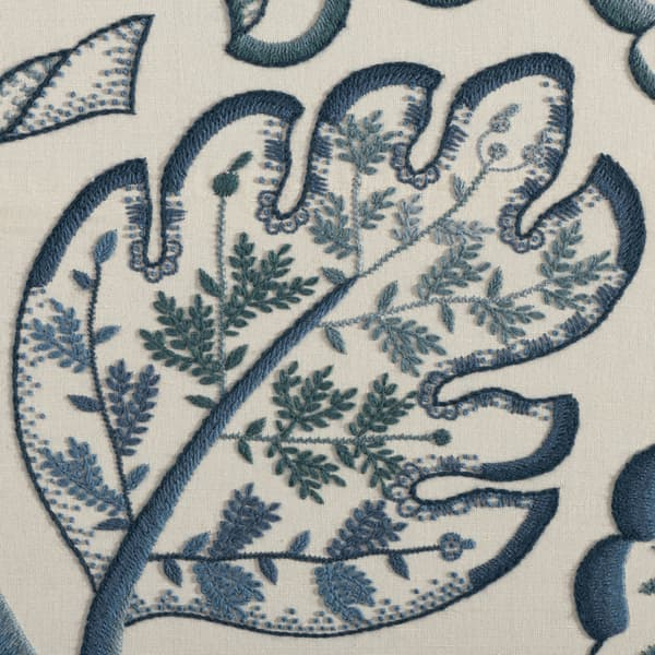 F677 Detail 1 – Large Tree of Life in Blue Wool