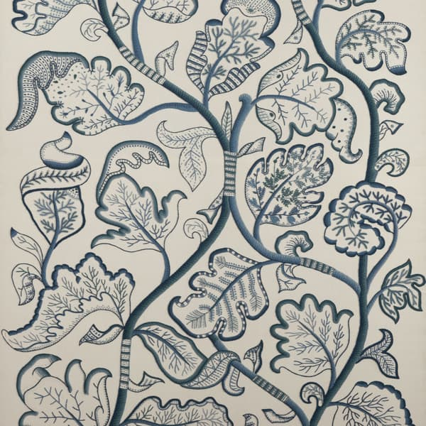 F677 – Large Tree of Life in Blue Wool
