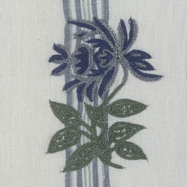 F151 B Detail Copy 1 7 – Provence snapdragon on stripes