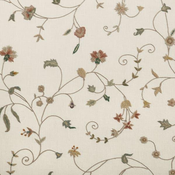 F112 Cg Detail – Carnation & cornflower vine