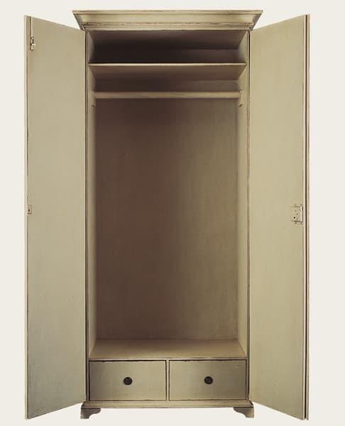 File 4 26 – Hanging wardrobe